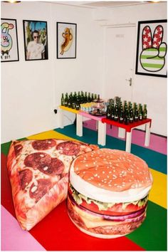 Pizza and burger pillows