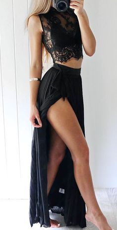 Cool outfit idea to copy ♥ For more inspiration join our group Amazing Things ♥ You might also like these related products: - Skirts ->. Glamouröse Outfits, Classy Outfits, Stylish Outfits, Beautiful Outfits, Amazing Outfits, Cute Prom Dresses, Formal Dresses, Pinterest Fashion, Mode Inspiration