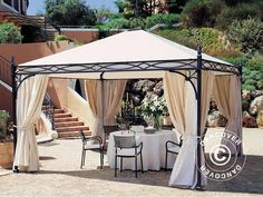 GAZEBO NOVECENTO 4X4 M Gazebo Novecento – an extremely beautiful and exclusive Italian designed gazebo with anthracite grey frame and a champagne coloured PVC roof cover. The gazebo is only produced on demand and handmade to obtain the unique look and feel of extremely high quality and luxury. A high-end product in a class of its own.