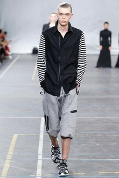 Y-3 Spring 2016 Menswear Collection - Vogue