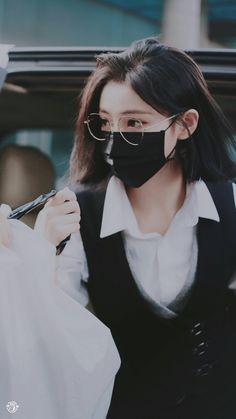 Pretty Korean Girls, Korean Beauty Girls, Cute Korean Girl, Asian Girl, Korean Girl Photo, Korean Girl Fashion, Girl Photo Poses, Girl Photos, I Love Girls