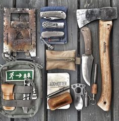 Survival Helpful Techniques For bushcraft clothing Survival Food, Camping Survival, Outdoor Survival, Survival Guide, Survival Skills, Camping Gear, Outdoor Camping, Camping Tools, Zombies Survival
