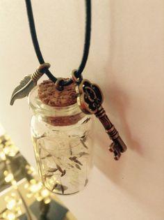Wish bottle pendant Bottle Charms, Diy For Kids, Health Tips, Washer Necklace, Wish, Resin, Jar, Pendant, Friends