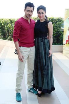 Imran Khan looked funky in a pink sweater and blue shoes while Kareena Kapoor was a vision in a black ensemble. #Bollywood #Fashion #Style #Beauty