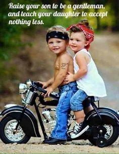 Jaw-Dropping Useful Tips: Harley Davidson Diy Holidays harley davidson gifts for her.Harley Davidson Women Sterling Silver harley davidson gifts for her. Biker Chick, Biker Girl, Harley Davidson Modelle, Cute Kids, Cute Babies, Pin Up, Foto Baby, Cool Bikes, Beautiful Children