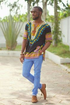See the Coolest Ankara Styles For Men to spice up every man's 2018 fashion sense, look diiferently and exceedingly cool in these African ankara styles fashion for men in 2018 African Inspired Fashion, African Print Fashion, Africa Fashion, African Shirts, African Wear, African Attire, Dashiki Shirt Mens, Moda Afro, Ankara Styles For Men