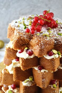 This beautiful Pandoro Christmas Cake recipe with Pistachios and White Chocolate is the perfect show stopper that will only take you 10 minutes.