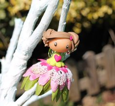Fée à grelot (suspension décorative) #decoration #fairies #girlsroom #fimo #polymerclay #ornament #littlemandarine