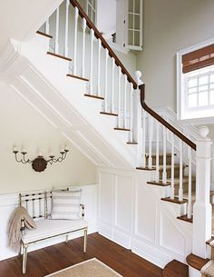 Charming East Hampton Cottage - Traditional Home® BM: Manchester Tan walls and White Dove on trim Foyer Design, Design Entrée, House Design, Design Ideas, Railing Design, Die Hamptons, New Staircase, Staircases, Interior Windows