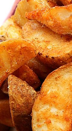 Seasoned Baked Potato Wedges - delicious homemade wedges that will top any store bought oven fry by a mile! ❊