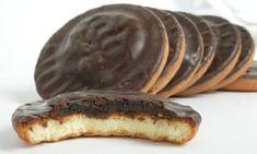 Low Syn Treats With Slimming World - The Dadbod Diary Low Syn Treats, Genoise Sponge, Jaffa Cake, Slimming World Recipes, Gourmet Recipes, Chocolate Cake, Orange, The Originals, Breakfast