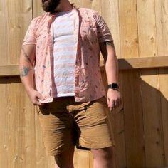 45 amazing plus size men outfit ideas you can wear men's fas Mens Plus Size Fashion, Chubby Men Fashion, Plus Size Mens Clothing, Fat Fashion, Big Men Fashion, Fashion Outfits, Fashion Boots, Plus Size Jeans, Unique Dresses