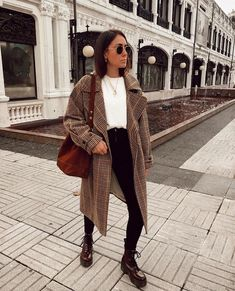 Dr. Martens, Fall Winter Outfits, Autumn Winter Fashion, Simple Fall Outfits, Early Fall Outfits, Comfy Fall Outfits, Fall Outfits For School, Flannel Outfits, Casual Winter