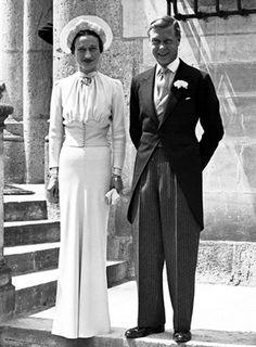 1937, wedding of Edward of Windsor, ex King of United Kingdom, and Wallis Simpson.