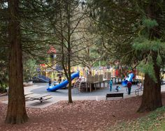Washington Park in Portland has lots of fun activities for kids,including many of the big ticket venues.