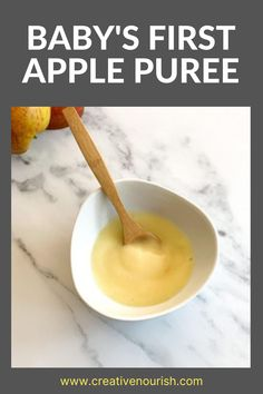 The Simplest Baby's First Apple Puree. #applepuree #babyfood #babyfoodideas #babyrecipe #babypuree Homemade Baby Puree Recipes, Pureed Food Recipes, Apple Recipes, Baby Food Recipes, Whole Food Recipes, Apple Puree For Baby, Baby Apple, 8 Month Old Baby Food, Baby Meal Plan