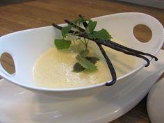 Allerbeste Vanillesoße, ein schmackhaftes Rezept aus der Kategorie Grundrezepte. Bewertungen: 385. Durchschnitt: Ø 4,7.