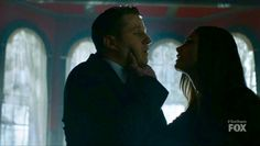 Wondering how are Ben and Morena after this scene?  #Hug&Kisses #JimGordon #LeslieThompkins #JimLee #Gotham #BenMckenzie #MorenaBaccarin