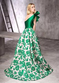 60 Ideas Dress Largos Graduacion Verde For 2019 Gala Dresses, Nice Dresses, Casual Dresses, Fashion Dresses, Formal Dresses, Opera Dress, Summer Dress Outfits, Dresses Kids Girl, Indian Designer Wear