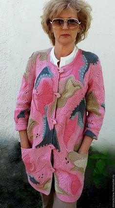 Купить Вязаное крючком пальто- кардиган в стиле фриформ - комбинированный…