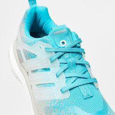 ec7bd4ab4 Running Sneaker und Retro Runner im solebox Onlineshop bestellen