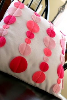 Dot pillow.  if i ever make the pillow lia wanted, red with pink polka dots. I don't think this is what she had in mind though