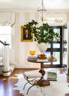 Beautiful entrance foyer by Anne Wagoner Interiors. Beautiful entrance foyer by Anne Wagoner Interiors. White plaster urn filled with greenery on a cen Decor, Interior Design, House Interior, Cheap Dorm Decor, Home Remodeling, Home, Classic Interior Design, Retro Home Decor, Home Decor