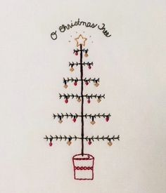 Embroidery Cards, Simple Embroidery, Hand Embroidery, Embroidery Designs, Christmas Tree Embroidery Design, Christmas Tree Pattern, Primitive Stitchery, Table Runner Pattern, Wood Burning Art