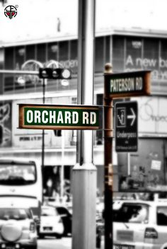 Intersection signpost at Orchard and Paterson Roads, Singapore Singapore Sights, Singapore City, Singapore Malaysia, Singapore Travel, All About Singapore, Orchard Road Singapore, Places To Travel, Places To Visit, City State