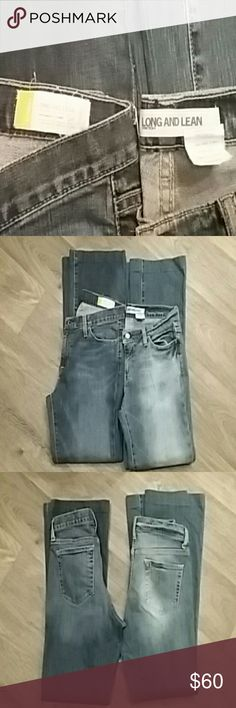 2 pair Gap long and lean flare jeans size 4 2 different pairs of Gap size 4 long and lean jeans. Gently used, both in great condition. Buy them together or separately. 1 for $30 or 2 for $50. Either way it's a fantastic deal :) Gap Jeans Flare & Wide Leg