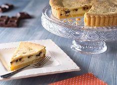 Crostata di ricotta Love Chocolate, Dark Chocolate Chips, Ricotta Pie, Shortcrust Pastry, Cinnamon Powder, Homemade Desserts, Afternoon Snacks, Recipe Today, Baking Pans