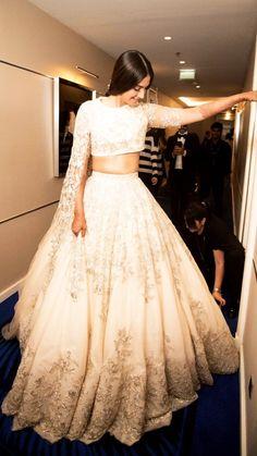 Sonam Kapoor's White Lehenga Is Perfect For A Wedding Reception!
