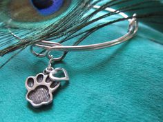Now thru Saturday, 30% of all sales from this sterling silver bracelet will be donated directly to Abandoned Angels Cocker Spaniel Rescue: goo.gl/ekgoqU #pets #charity #fundraiser