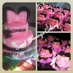 Minnie Mouse cake & cupcakes #sweetcravingscakery-pa. #minniemousecake