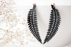 Pendientes colgantes en forma de hoja #DaWanda #hechoamano #diseño #handmade #DIY