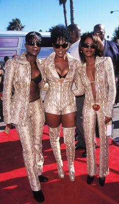 Back when females had real bodies😏🤔 Hip Hop Fashion, 90s Fashion, Vintage Fashion, Fashion Outfits, Fashion Ideas, Zulu Women, African Women, Estilo Hippy, Vintage Black Glamour