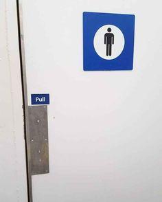 The genius who installed this door: