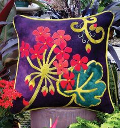Gorgeous designer Geranium Wool applique pillow pattern crafted in buttery soft, hand dyed wool in vibrant color. Applique Pillows, Wool Applique Patterns, Applique Quilts, Applique Designs, Quilt Patterns, Throw Pillows, Felt Cushion, Felt Pillow, Hanging Quilts