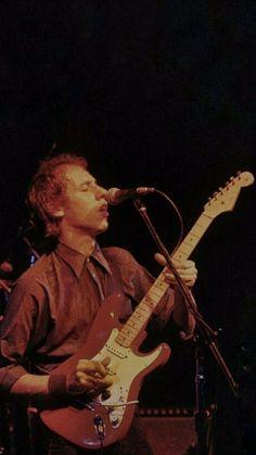 Wallpaper gira 83 Tunnel Of Love, Mark Knopfler, Music Instruments, Guitar, Wallpaper, Musical Instruments, Wallpapers, Guitars