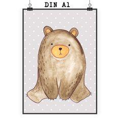 Poster DIN A1 Bär sitzend aus Papier 160 Gramm  weiß - Das Original von Mr. & Mrs. Panda.  Jedes wunderschöne Motiv auf unseren Postern aus dem Hause Mr. & Mrs. Panda wird mit viel Liebe von Mrs. Panda handgezeichnet und entworfen.  Unsere Poster werden mit sehr hochwertigen Tinten gedruckt und sind 40 Jahre UV-Lichtbeständig und auch für Kinderzimmer absolut unbedenklich. Dein Poster wird sicher verpackt per Post geliefert.    Über unser Motiv Bär sitzend  Ab heute werde ich jeden Tag ein…
