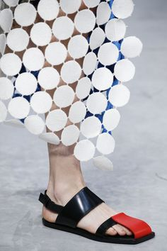 Tendance Chaussures  Marni Spring 2016 Ready-to-Wear Fashion Show Details  Tendance & idée Chaussures Femme 2016/2017 Description Marni Spring 2016 Ready-to-Wear Fashion Show Details