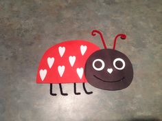 Ve got love bugs on the brain! Bug Crafts, Preschool Activities, Crafts For Kids, Arts And Crafts, Valentine Theme, Valentines Art, Holiday Activities, Holiday Crafts, Crafty Kids
