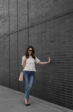 Cream top+flare cropped jeans+brown pumps+nude bucket bag+sunglasses. Summer outfit 2016