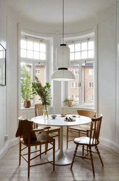 Cozy and characterful home with a green kitchen - COCO LAPINE DESIGNCOCO LAPINE DESIGN