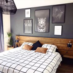 Here are 8 ways to maximize the space in a small bedroom. Home Decor Bedroom, Modern Bedroom, Bedroom Wall, Living Room Decor, Bedroom Furniture, Bed Room, Bedroom Ideas, Boys Bedroom Paint, Music Bedroom