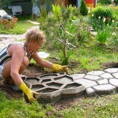 Садовая дорожка своими руками. Форма