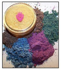 Meg's Makeup Reviews   GLAMO GLITZ by SCARLETT COSMETICS!