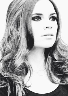 How is she so lovely?   Hayley Atwell   Riker Brothers