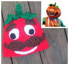 Crochet Toys For Boys My attempt at a Fortnite Tomato hat. Loom Crochet, Crochet Vest Pattern, Crochet Quilt, Beanie Pattern, Crochet Dolls, Free Crochet, Crochet Patterns, Crochet Hats, Crochet Ideas