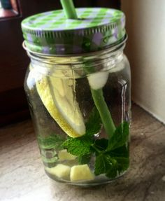 Detox water #detoxwater #detox #heslty #mint #lemon #ginger